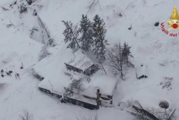 Varios muertos por un alud de nieve sobre un hotel de Italia tras la cadena de terremotos