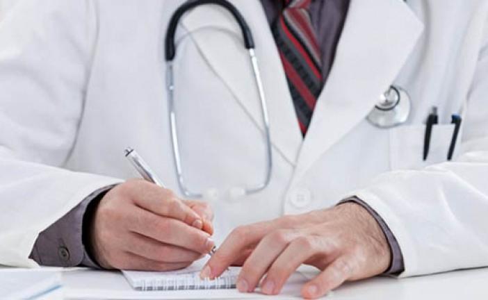 """Sancionan a un médico de Murcia por diagnosticar a una paciente que estaba """"mal follada"""""""