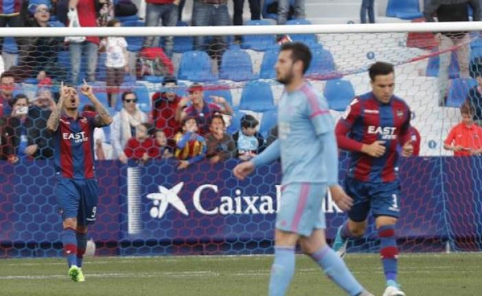 @LevanteUD| 'Roger hunde de penalti al colista….' , por Dani Hermosilla