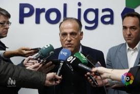 Tebas (LFP) acusa a Villar de 'pucherazo' y de 'no jugar limpio' en las elecciones de la RFEF