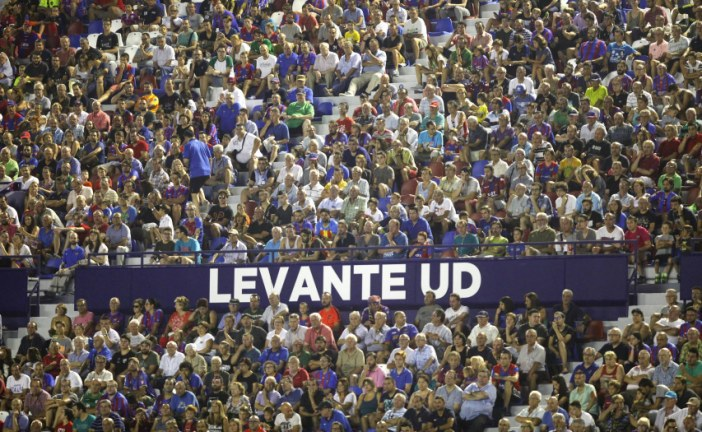 'Tráete un acompañante', campaña del @LevanteUD para llenar Orriols ante el Reus