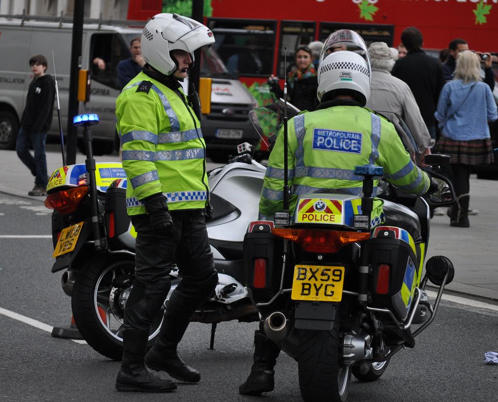 """Reino Unido eleva su nivel de alerta a """"crítico"""" y desplegará al Ejército"""