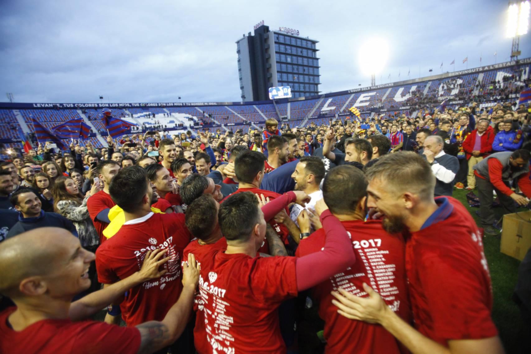 El club prepara un 'Homenaje a los Campeones' tras el partido ante el Huesca