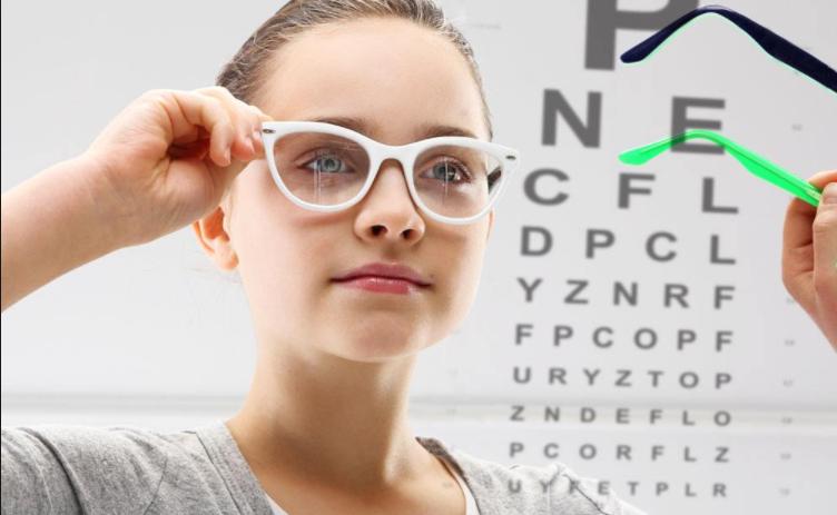 Adiós a las gafas: ventajas y requisitos de la cirugía laser ocular