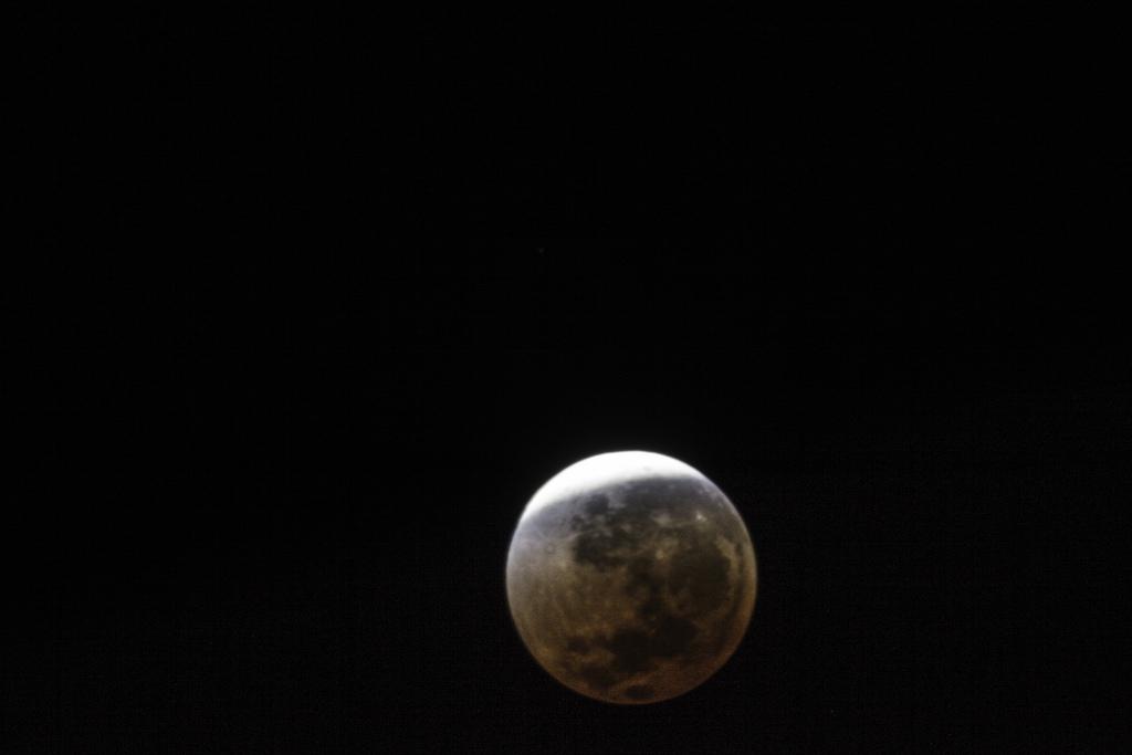 Prepárate para ver este lunes el segundo eclipse de luna del año