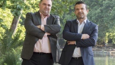 Dos valencianos inventan un dispositivo para ahorrar un 40% en el consumo de agua al esperar que salga caliente