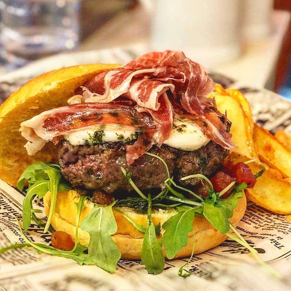 Uno de los mejores restaurante en Valencia especializado en hamburguesas