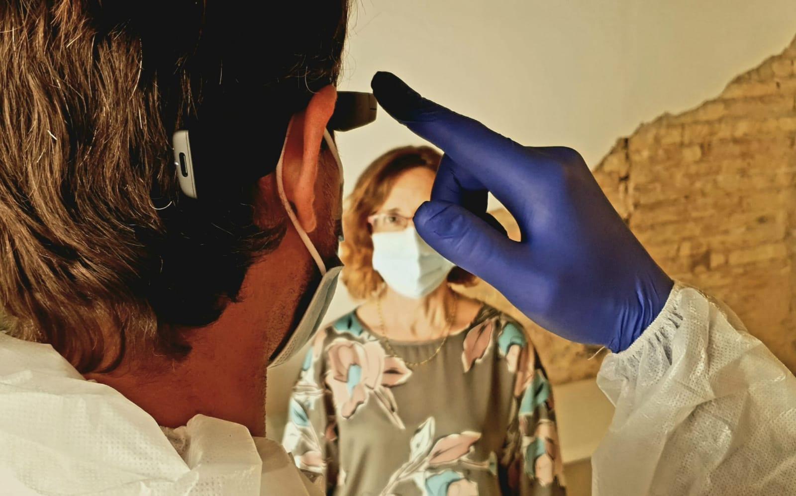 Palau Alameda acoge la primera prueba para la detección de la Covid-19 a partir de una foto de los ojos