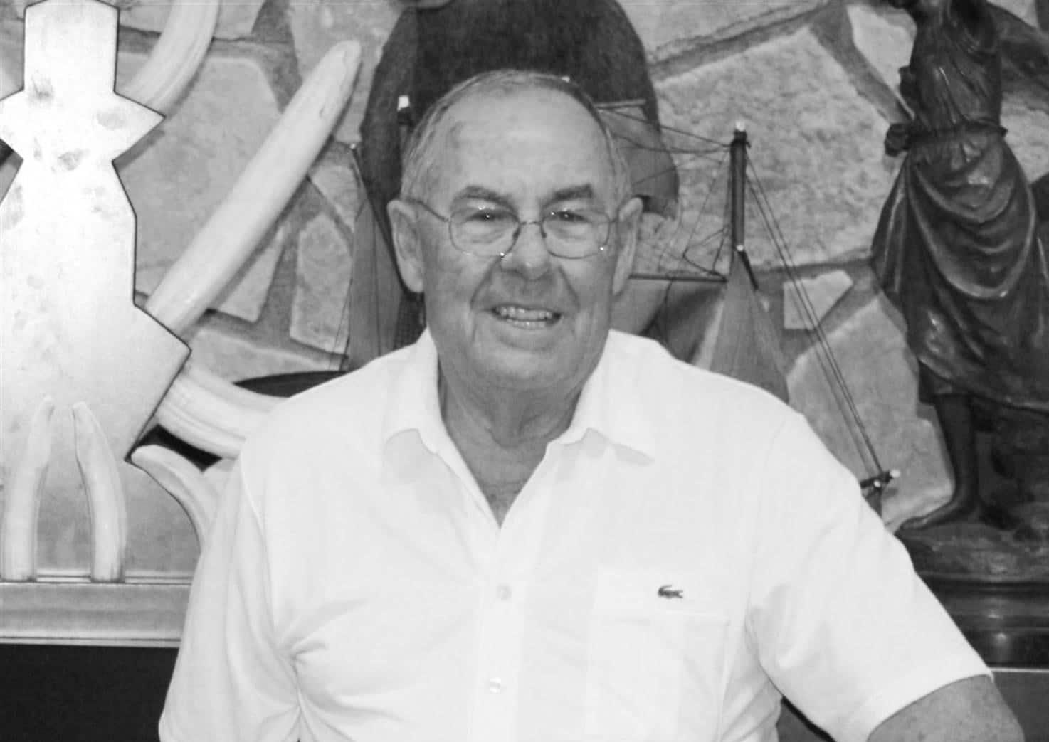 Fallece fundador zapatillas Paredes