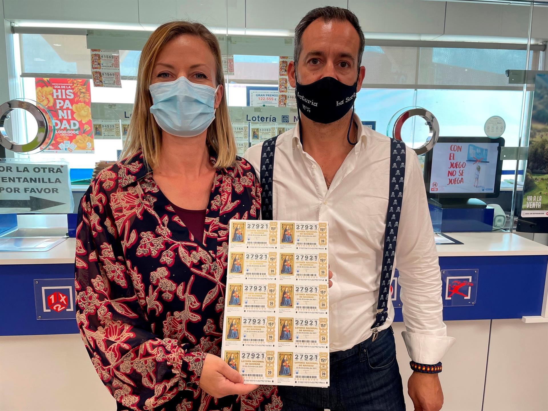 Un lotero de Alzira agota los décimos con la fecha de erupción del volcán