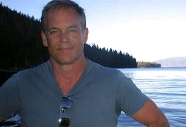 Dave Halls: El hombre que entregó el arma cargada a Alec Baldwin, en el punto de mira